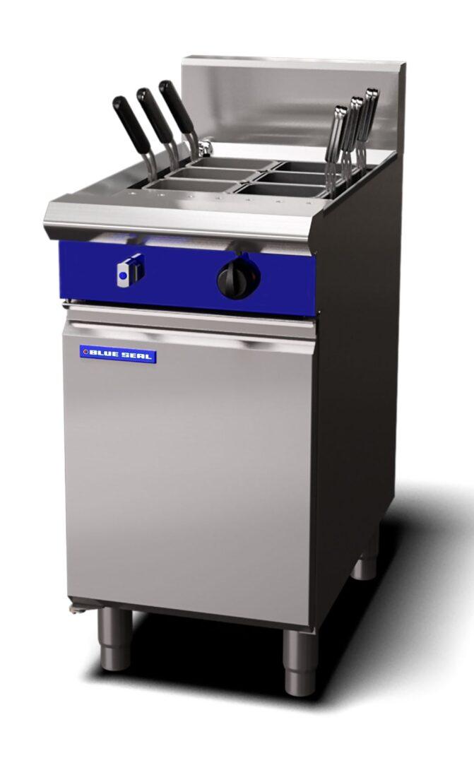 Blue Seal Evolution Series G47 - 450mm Gas Pasta Cooker